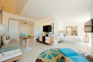 the-james-royal-palm-loft-king-suite-city-view