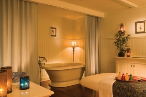 Hotel Viking shares the wealth (here, their spa tubs)