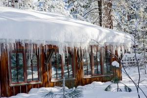 sleeping-lady-mountain-resort-snow-3_hpg_1