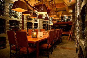 sun-mountain-lodge-dining-wine-cellar_hpg_1