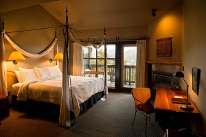 sun-mountain-lodge-mt-robinson-suite_hpg_1