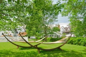 the-essex-resort-and-spa-outdoor-hammock_hpg_1