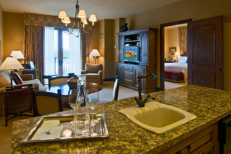 hotel-granduca-suite-kitchen_hpg_1