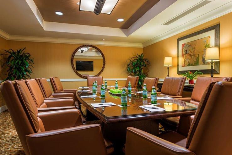 serrano-boardroom-13_hpg_1