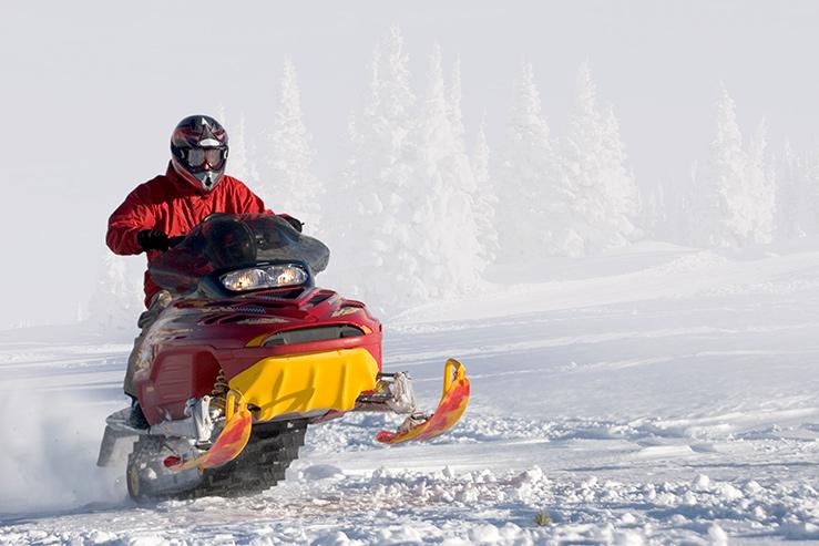 snow-mobile_739x493
