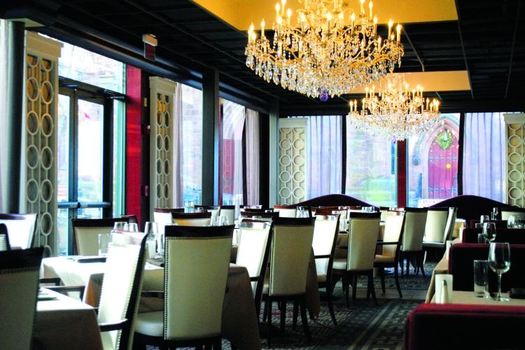 hotel-providence-aspire-main-dining-area_c