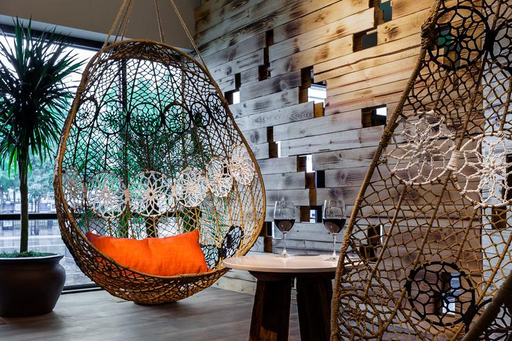 whitney-peak-hotel-bar-lounge