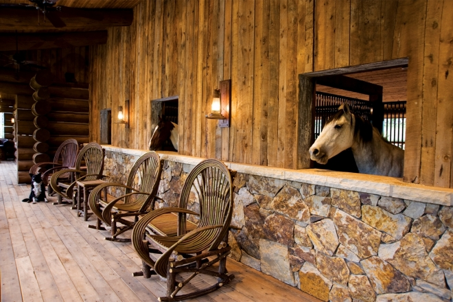 gateway-canyons-resort-stables-seating_c