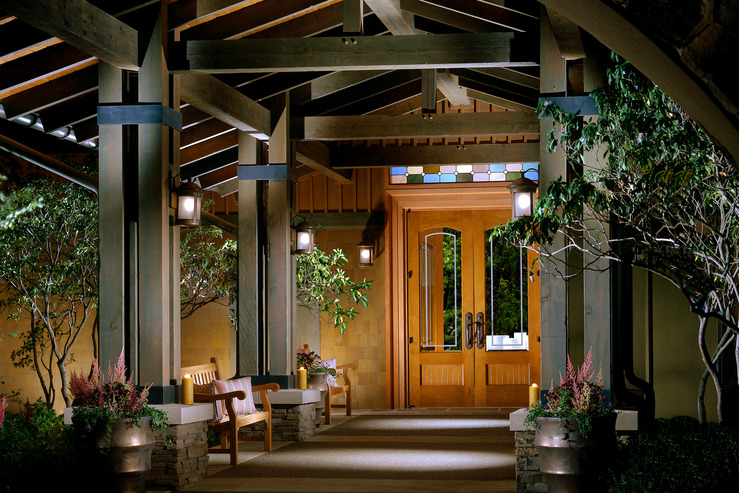the-lodge-at-woodloch-entrance_hpg