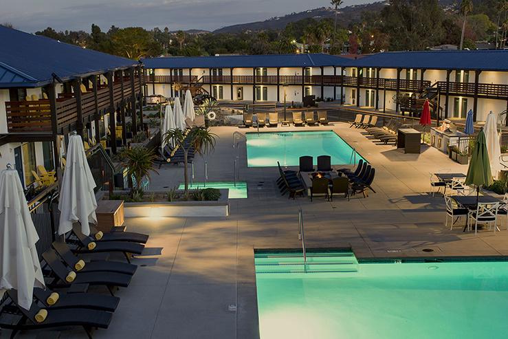 lakeshouse-hotel-and-resort-pool_hpg_1