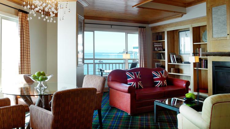 la-trb-seattle-edgewater-hotel-20140626-001