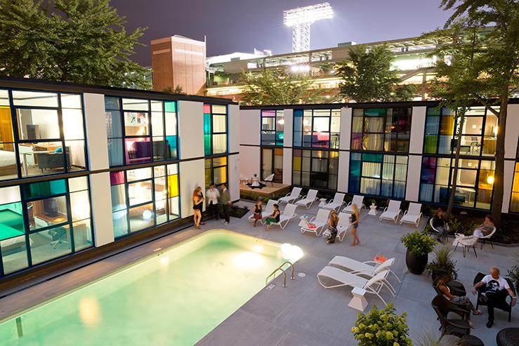 hotels that rock n roll the stash blog. Black Bedroom Furniture Sets. Home Design Ideas