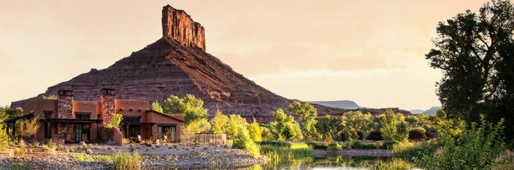 gateway-canyons-resort-casita-pond_hero