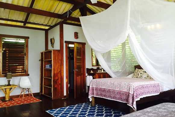casa-cayuco-eco-adventure-lodge-room