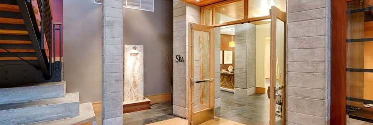 cbl-spa-indoor-enterance-jpg-1340x450_default