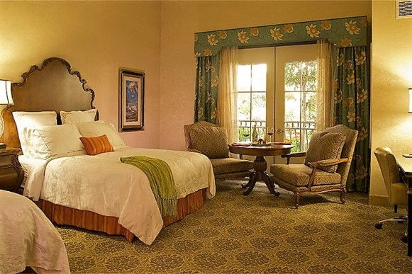 woolleys-classic-suites-room-1_hpg