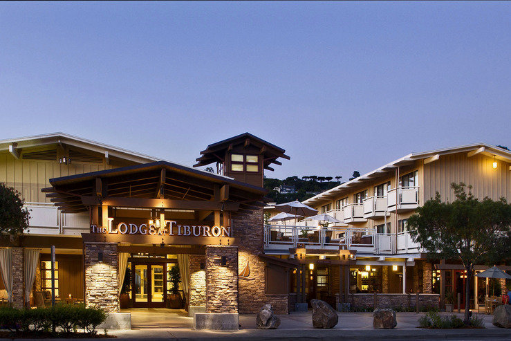 lodge-at-tiburon-exterior-at-dusk-5_hpg