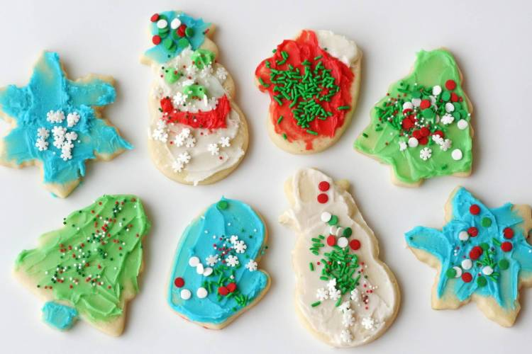 sugar-cookies-decorated-by-kids