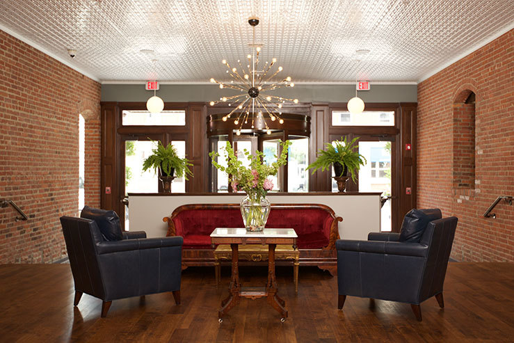hotel-on-north-lobby-3_hpg_1