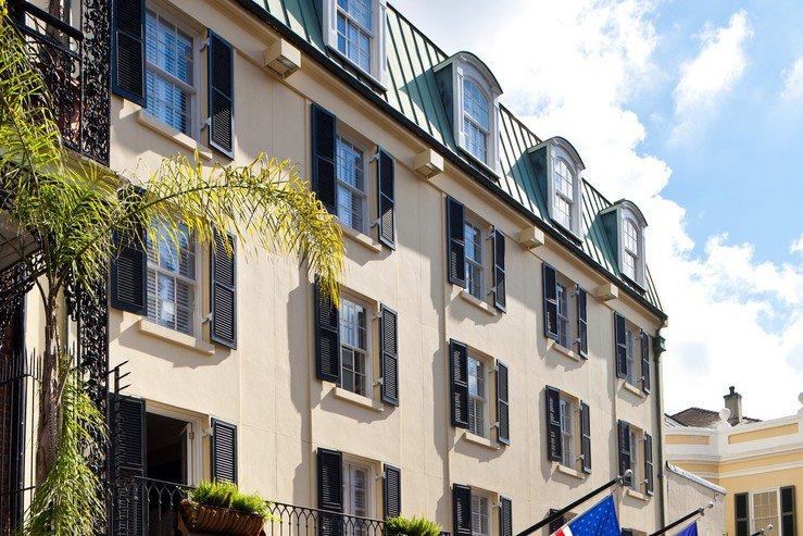 hotel-le-marais-exterior-roof-line_hpg