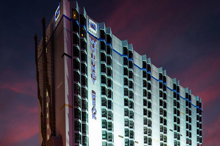 whitney-peak-hotel-exterior-1_hpg