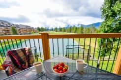 bighorn-meadows-resort-golf-course-view2_hpg