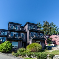 sooke-harbour-resort-and-marina-exterior-2_hpg