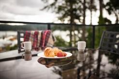 sooke-harbour-resort-and-marina-penthouse-balcony_hpg