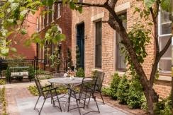 wicker-park-inn-exteriorgarden_hpg_1